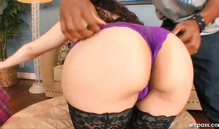 Gadis kurus terlibat dalam Kelompok seks video lucah budak melayu