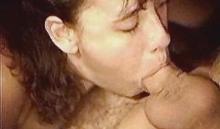 Seks pantat budak perempuan lucah